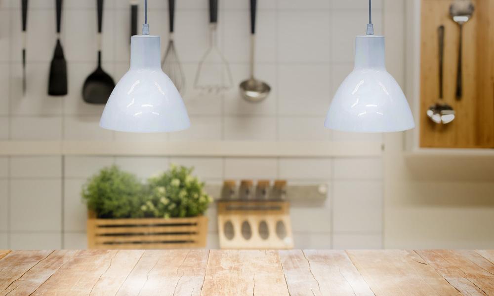 Luminárias pendentes na cozinha