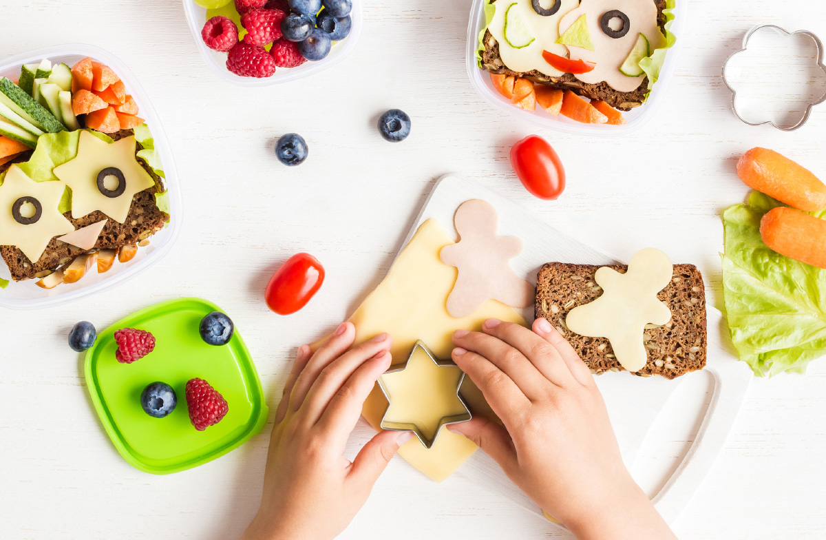 Opções saudáveis e saborosas para a hora do lanche das crianças