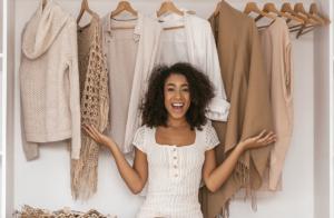 Guia completo para organizar o seu guarda-roupa