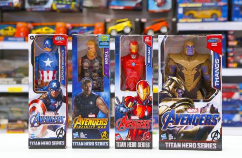 Boneco Avengers