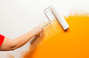 Aprenda tudo que você precisa saber para pintar as paredes de casa perfeitamente