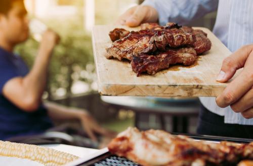 Garanta tudo o que você precisa para fazer o churrasco perfeito neste verão