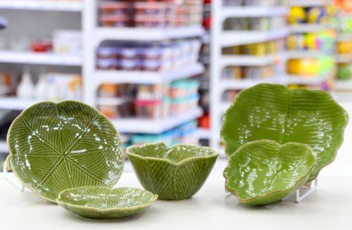 Pratos verdes decorativos